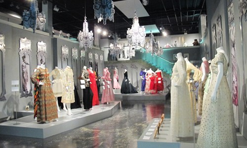 Fashion-and-textile-museum-2
